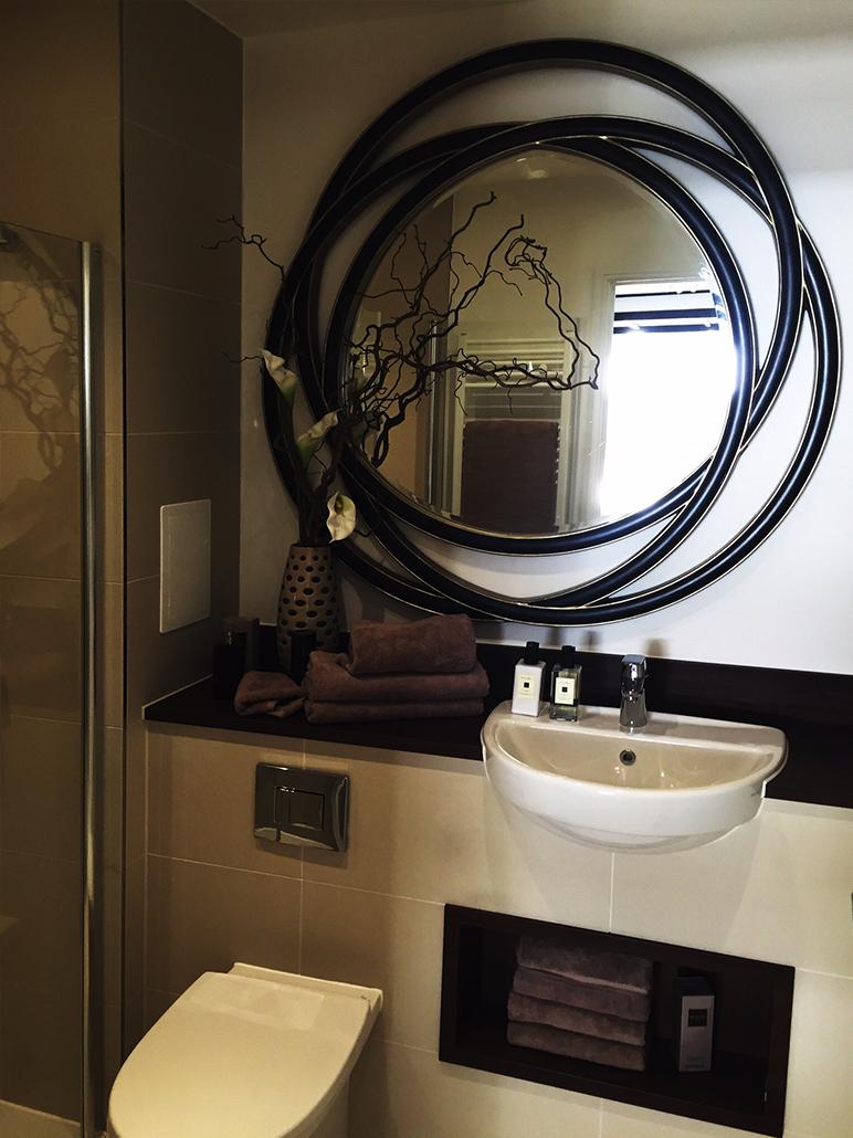 Unique mirrors provide an edge to modern bathroom interior design