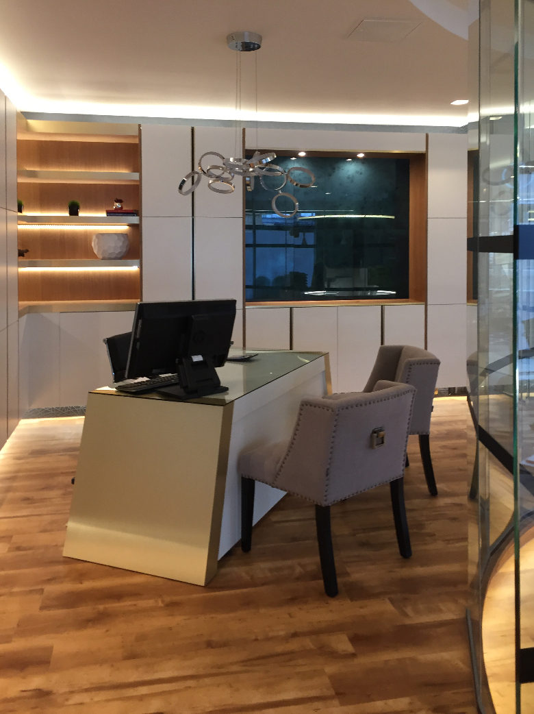 Minimalist Office and Meeting Room Interior Design